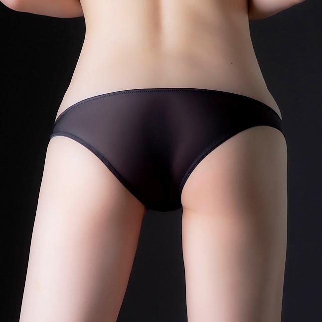 EXE CUTE - Ultra-Thin Stretch Half-Back Shorts